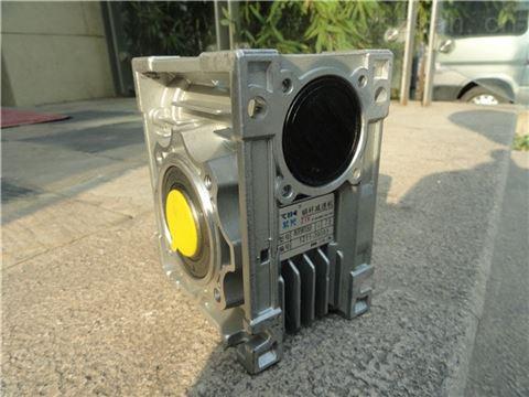 NMRW110大型蜗轮蜗杆减速机-铁壳减速电机